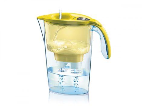 LAICA Stream Line  sárga vízszűrő kancsó elektronikus kijelzővel és 1 db bi-flux univerzális szűrőbetéttel, -  2,3 literes